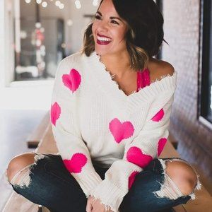 Main Strip Pink Heart Distressed V Neck Sweater LG